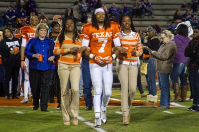 Tigers honor seniors at final home game