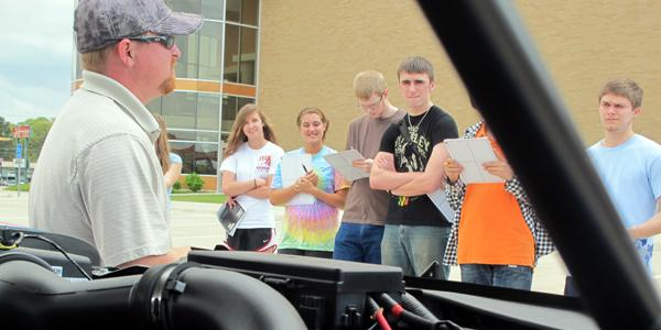 Students attend annual auto show