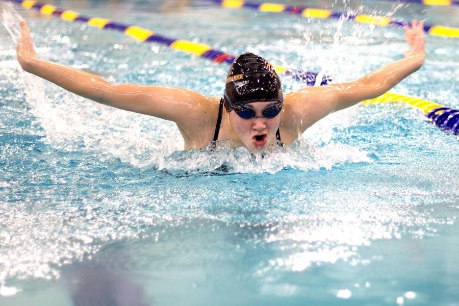 Sophomore+Alex+Jones+competes+in+the+fly+at+the+Mansfield+swim+meet.