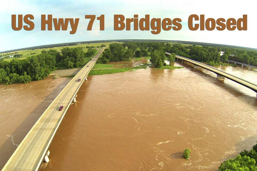 Hwy 71 bridges are now closed due to flooding of the Red River.