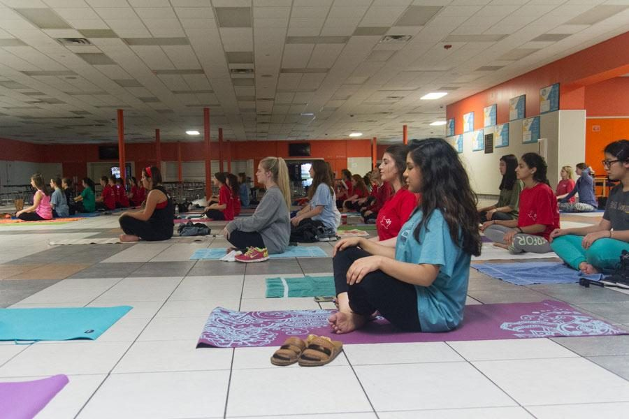 Members+of+Rosebuds+Junior+Garden+Club+meditate+during+their+yoga+class.