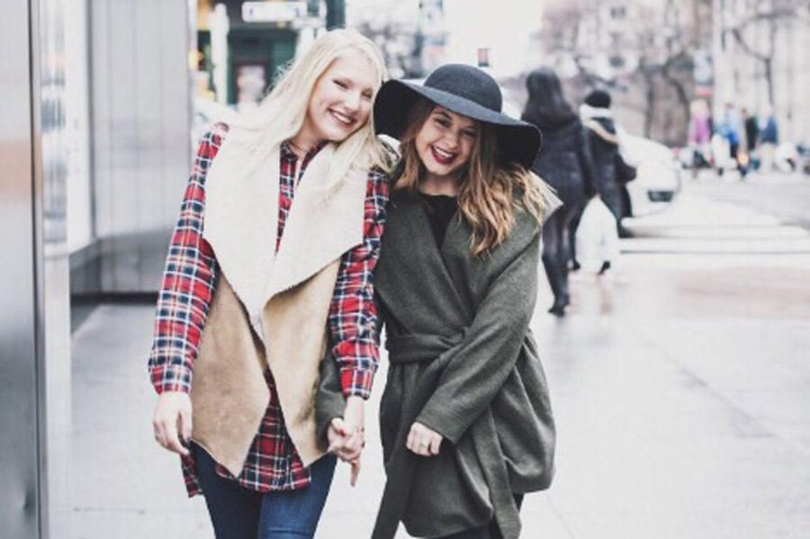 Katie Biggar walks through New York with her friend. Submitted photo.