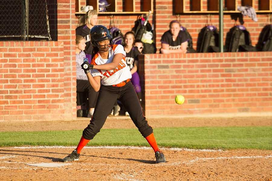 Freshman+Vicki+Willis+swings+at+the+ball+in+the+home+softball+game+against+Hallsville.