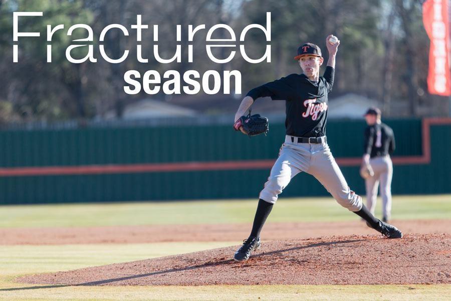 Senior+Zack+Philips+pitches+in+the+baseball+game+against+Evangel.