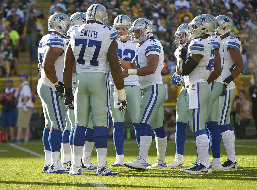 Dallas Cowboys quarterback Dak Prescott (4) takes charge in the huddle during the first half against the Green Bay Packers on Sunday, Oct. 16, 2016 at Lambeau Field in Green Bay, Wis. (Max Faulkner/Fort Worth Star-Telegram/TNS)