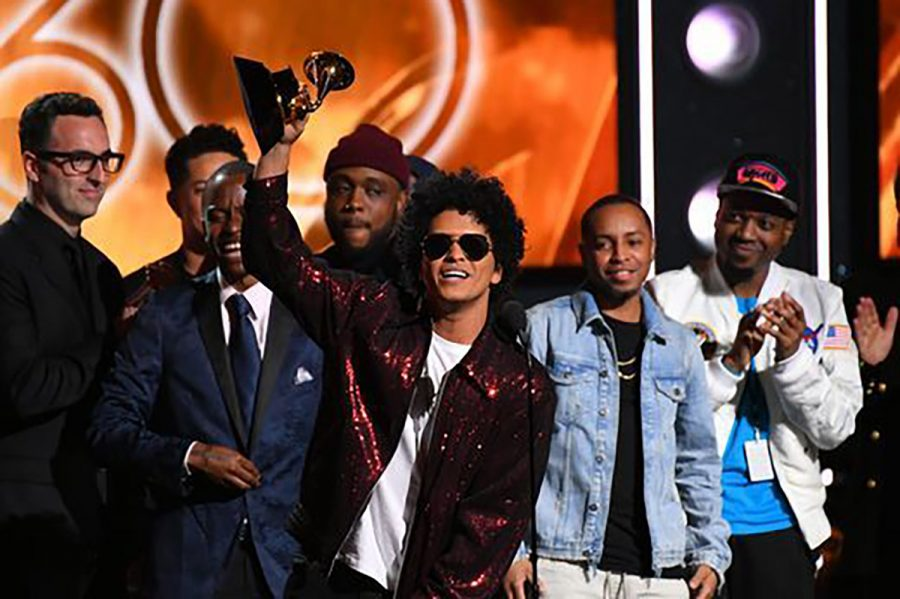 Bruno Mars holds his award he won at the annual Grammys. Photo from Grammy.com
