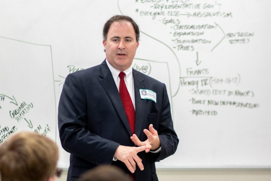 Judge Bill Davis speaks about the judiciary system during Hunter Davis' government class.