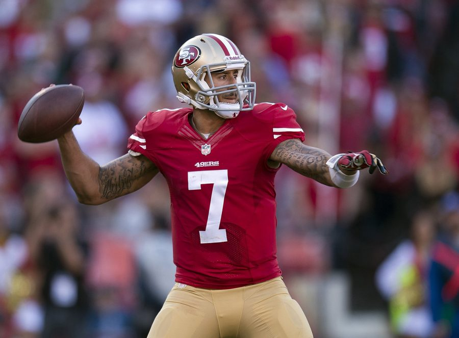 San Francisco 49ers quarterback Colin Kaepernick (7) looks downfield for an open receiver in a game against the St. Louis Rams at Candlestick Park in San Francisco, Calif., on Sunday, Dec. 1, 2013. (Paul Kitagaki Jr./Sacramento Bee/MCT)