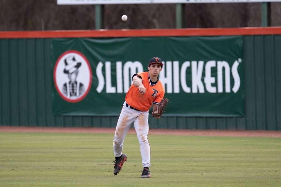 Texas High vs North Lamar varsity baseball 2019