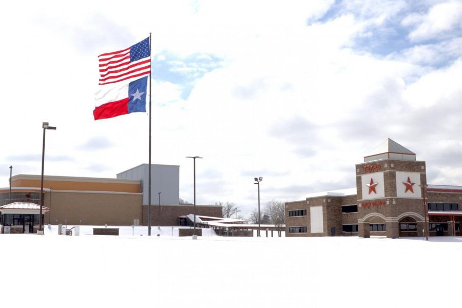 Texas High School remains covered in snow after the first round of the winter storm. With more snow falling the night before Feb. 17, classes were canceled due to the unsafe driving conditions.