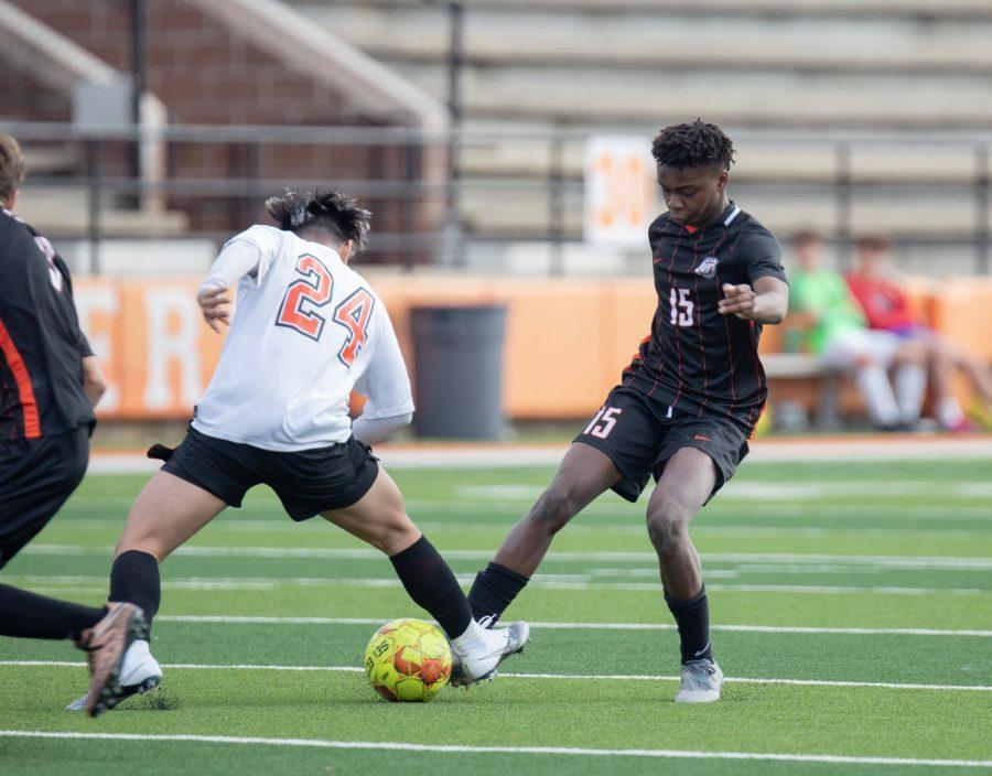 THS boys varsity alumni soccer game